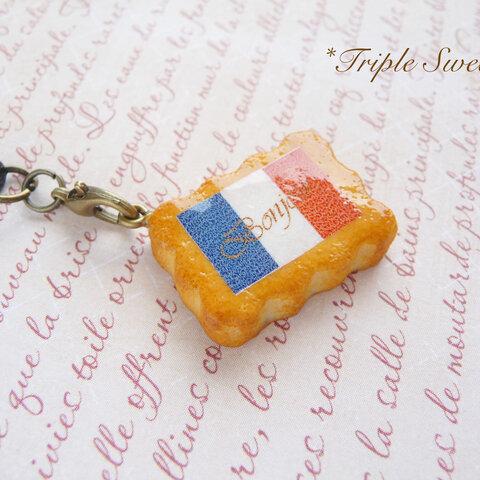 フランス風クッキーのイヤホンジャック