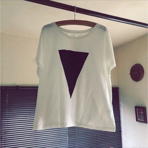 ▷送料無料▷ドルマン レディース 三角 プリント Tシャツ