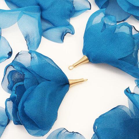 送料無料 タッセルパーツ フラワー おおきい炙り花びら ブルー 10個 ロングタッセル フラワータッセル チャーム 花 アクセサリーパーツ  AP1490