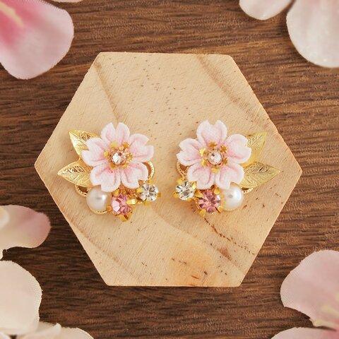 桜と春のかけらピアス ~花の宴~ *つまみ細工*