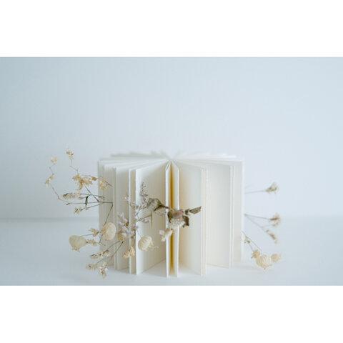 """""""花の記憶""""を飾る手製本『flower』"""