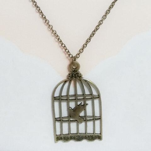 ゴシック鳥籠ネックレス