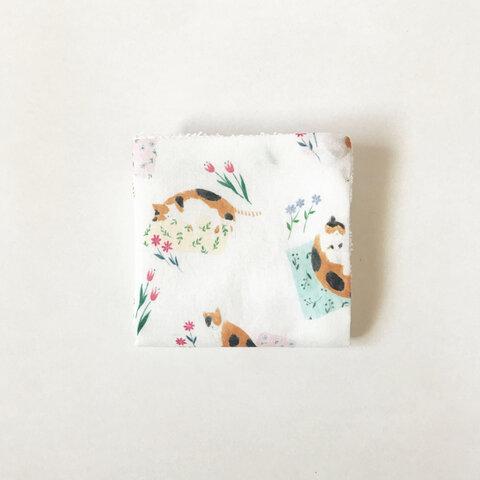 三毛猫と花のミニタオルハンカチ