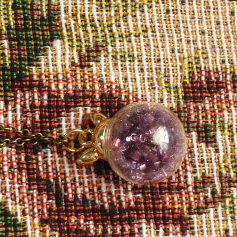 ガラスドーム ネックレス  紫