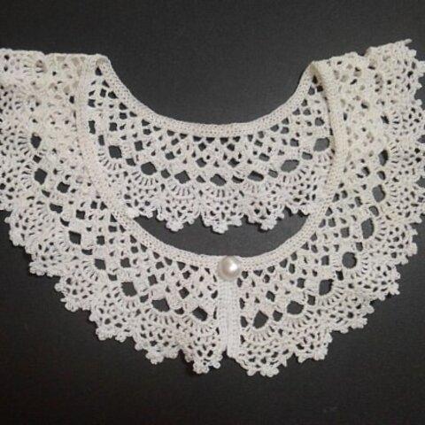 白の細いレース糸で編んだ付け襟(eri-18)