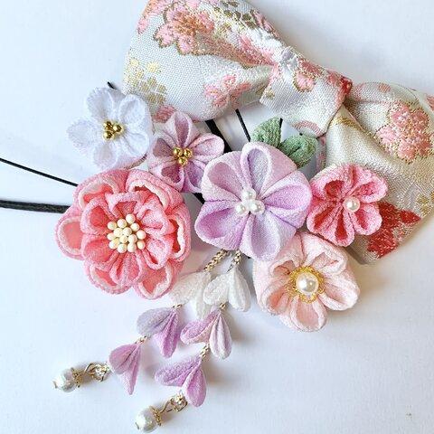 七五三 髪飾り ピンクのお花とりぼん つまみ細工