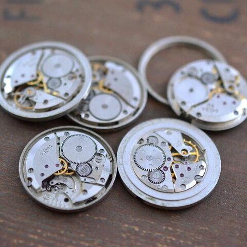 時計 ムーブメント 5個 (A9)