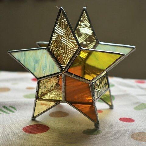 金の星のキャンドルホルダー