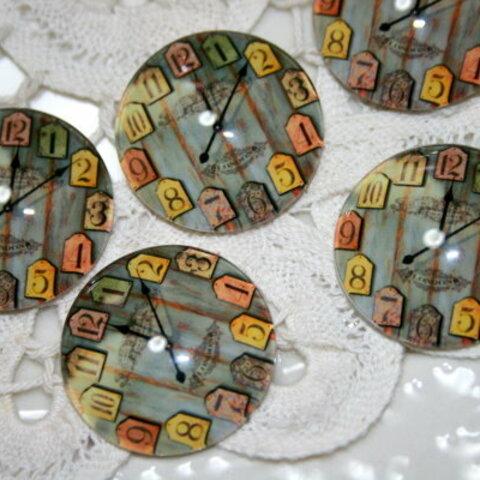 レトロな時計(タグの文字盤) カボション 3個