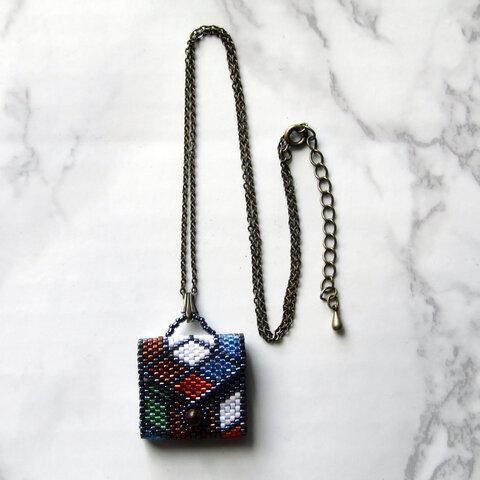 ミニバッグ型ネックレス(ステンドグラス風)