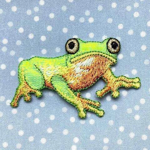 アップリケワッペンジャイアントネコメガエル UI 蛙 アマガエル W-2046 フロッグ かえる