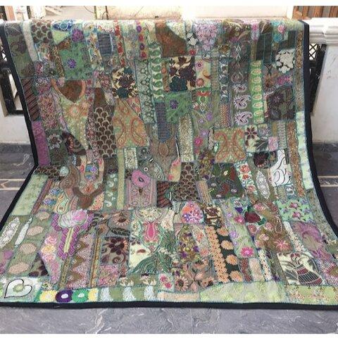 インド刺繍 パッチワーク 敷物 3畳 アジアン ヴィンテージ ハンドメイド ラグ ボヘミアン キルト エスニック レトロ
