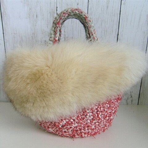 ¶ new antique fur ¶ 裂き編みバッグ with ボリューム感たっぷりブルーフォックスファー