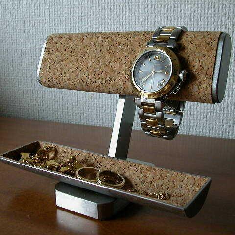 誕生日プレゼントに だ円、小物入れ付き腕時計スタンド IMG0022