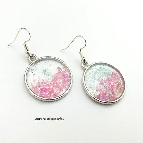 circle pierced earrings ピンク 丸 透明感 揺れる ラメ 大きめ 大ぶり