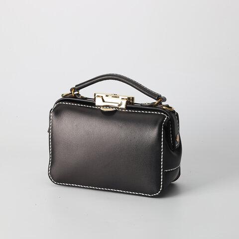 ダレスタイプ 小型 がま口バッグ 本革手作りのレザーショルダーバッグ 手染め / 総手縫い 手持ち 肩掛け 2WAY 鞄