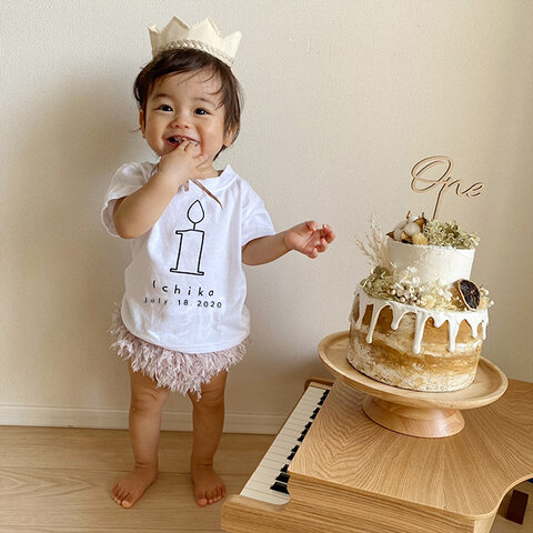 (size80~130)名前入り誕生日Tシャツ【ナンバーキャンドル】