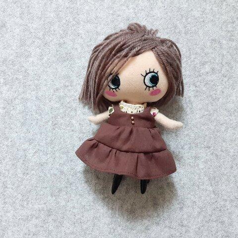イーマリーちゃんサイズのお洋服 茶サロペットスカートのお洋服