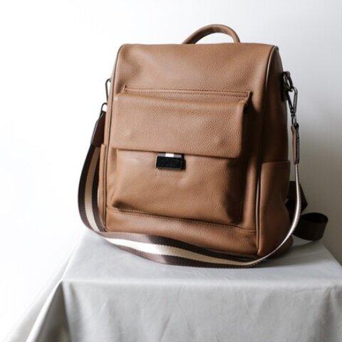モダンなデザイン牛革リュックバッグカジュアル通勤バッグ
