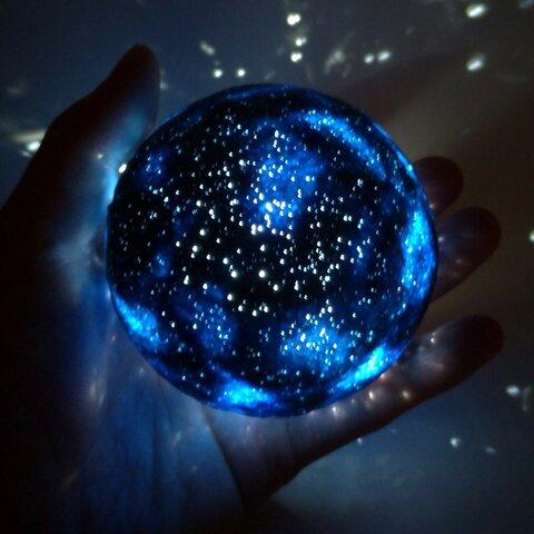 星空のランプ「てのひらプラネタリウム」藍(淡い星空)