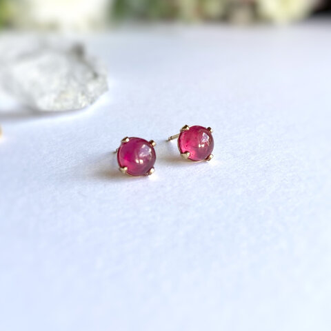 14kgf 宝石質ルビー 6mm 薔薇色のスタッドピアス シルバー変更可能 送料無料♡