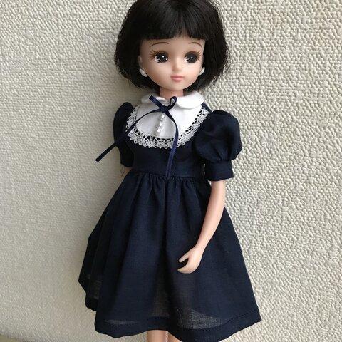 リカちゃん服(紺色のワンピース)