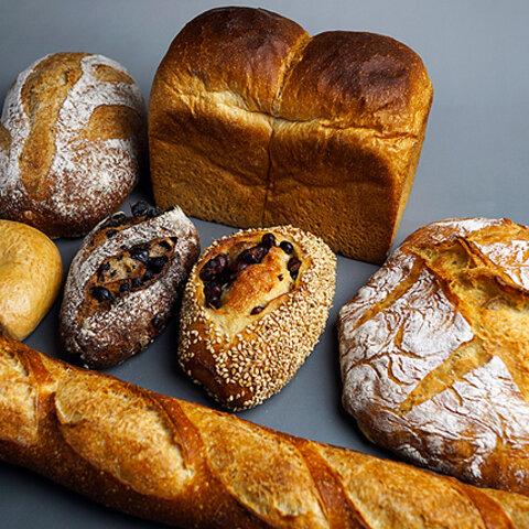 シェフおすすめのこだわりのパンを集めたセット