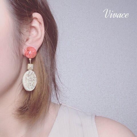 asian taste gold earring