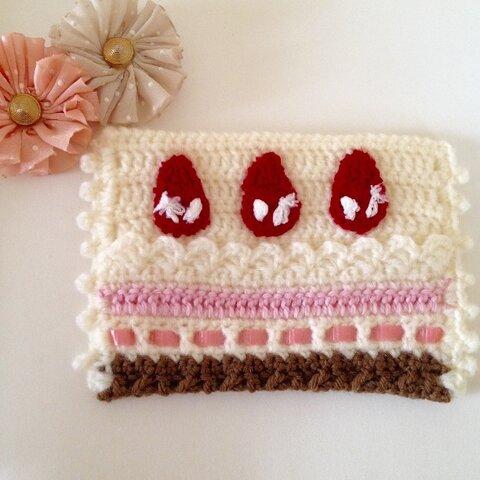 いちごケーキのポケットティッシュケース