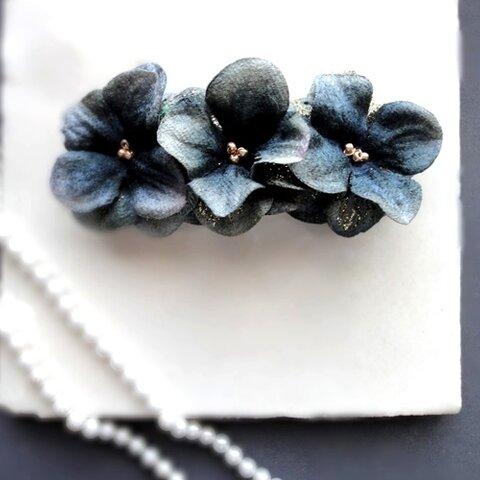 花びらのバレッタ■ビロード×グリッター■グレーブルー