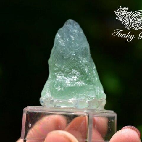 透明感★小さな置物★フローライト原石 flo017