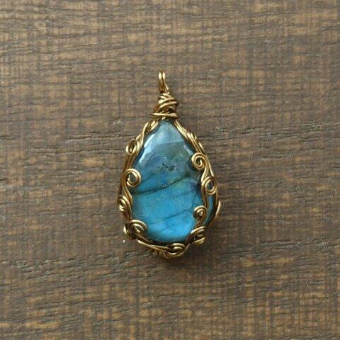 ラブラドライトのネックレス ペンダント 天然石