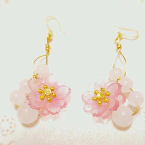 受注製作致します☆八重桜とローズクォーツの桜色ゆらゆらピアス