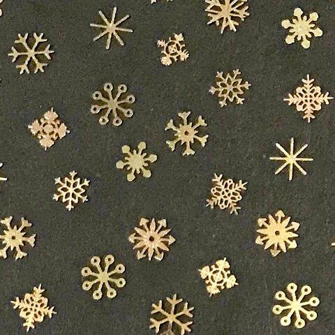 雪の結晶のミニメタルパーツ ゴールド 約100個入り 【A267】
