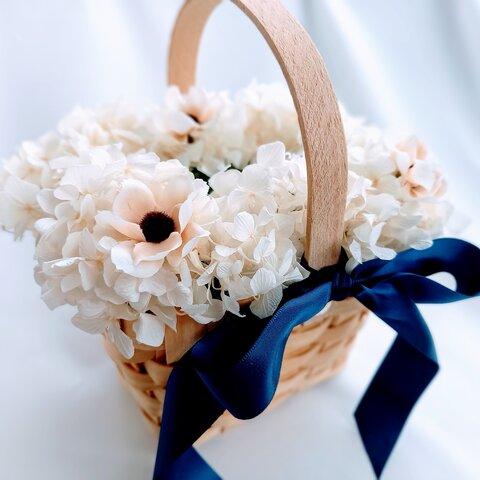 ネイビーリボン、ナチュラル、リングピローかご。アネモネ紫陽花オフホワイト。