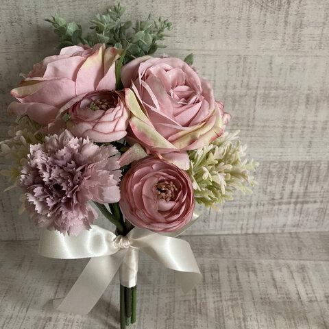 《新作》大きなピンクのバラとラナンキュラスのミニブーケ