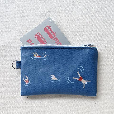 スイミング柄パスケース/ICカードケース/小銭入れ/ミニ財布(ラミネート)【泳ぐ人】