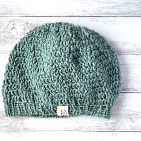 ぐるぐるうずまき帽子 くすみカラーニュアンス ブルーグリーン ウールで暖かい 手編みの斜め模様レディース帽子 ミナペルホネン