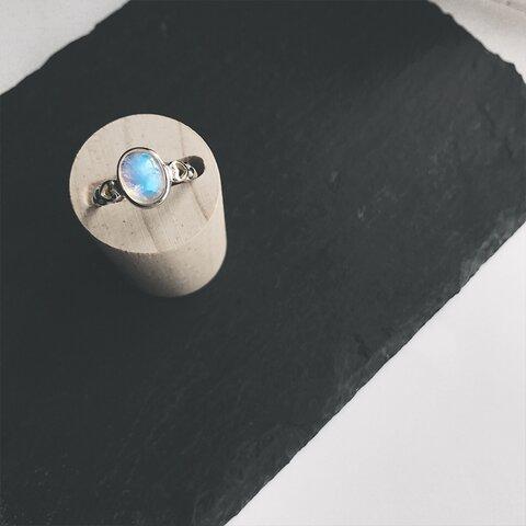 「月が綺麗だ」 指輪 リング 天然石 宝石質 ブルームーンストーン s925銀 ハート