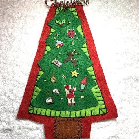 可愛い♡フェルトクリスマスツリー 壁掛け
