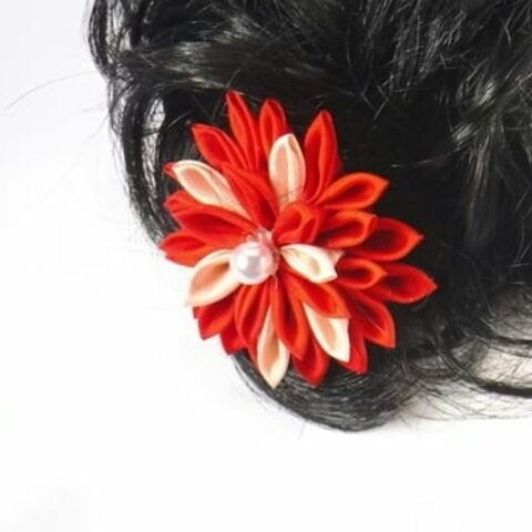 つまみ細工花飾り(赤&ピンク)