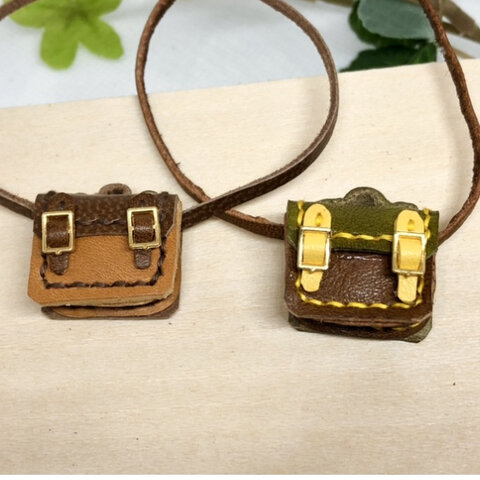 革細工 マイクロかばん どちらか一つ miniature   bag.