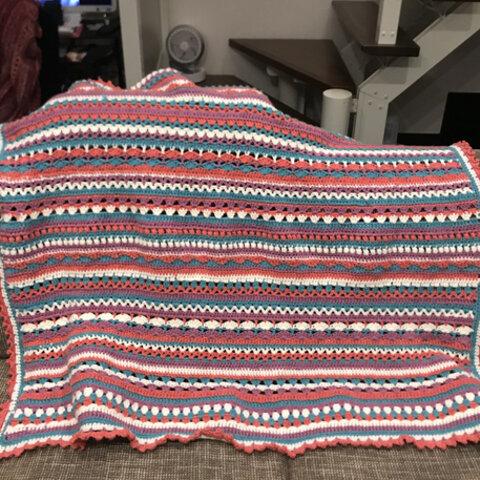模様編みの大判ブランケット