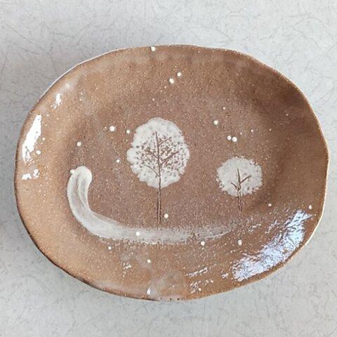 陶の中皿【いつか何処かの冬景色①】