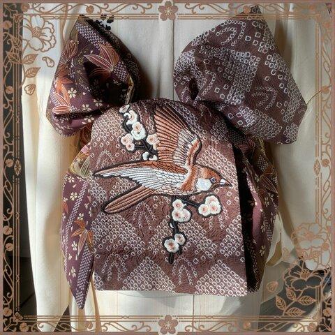 正絹 スズメ刺繍の竹梅模様&総絞り半幅帯 一点物
