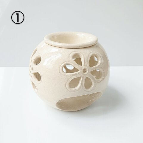 yona33様 専用  花模様のアロマポット