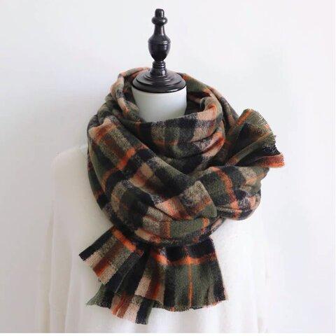 秋冬 編みのマフラー
