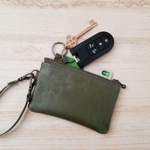 Moss green  キーケース キーポーチ スマートキーケース、カードキーケース、ラミネート生地で丈夫*°