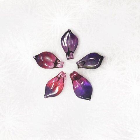 手作りガラス ひとひらの 花びら ネックレス