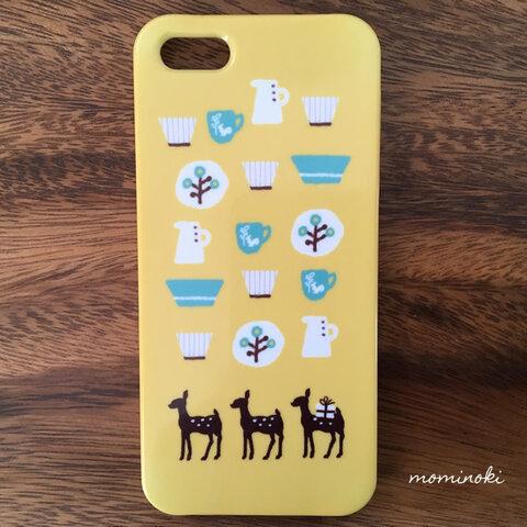 バンビさんの北欧食器  黄色がほっこり鹿のスマホケース 多機種対応!ぬくもり北欧